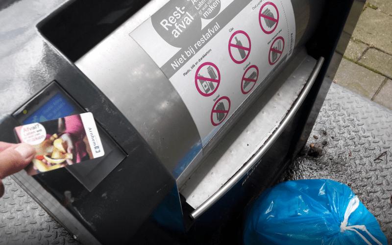vuilnis wegbrengen rond de feestdagen in Arnhem