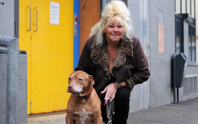 honden en baasjes Christine en Mex