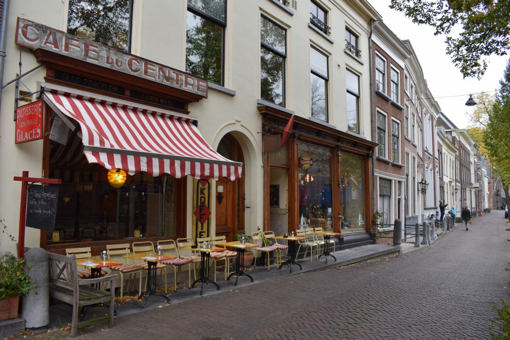 uit-de-kunst-cafe-du-centre