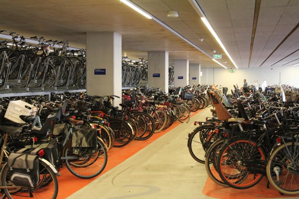 fietsenstalling-station-delft-2
