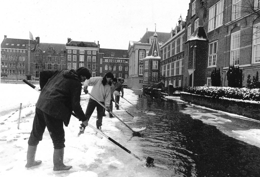Favoriete Even lekker oude foto's kijken: 10 x sneeuw in Den Haag #QA22