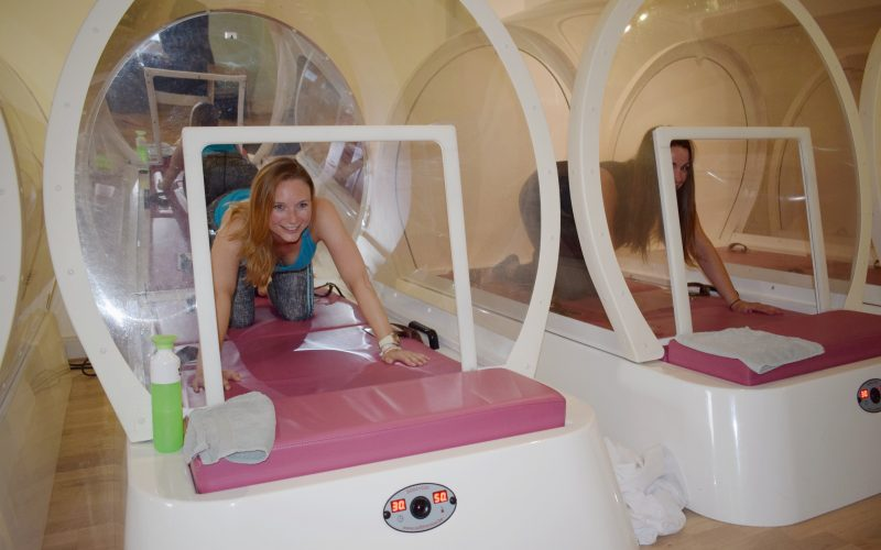 Yoga in Hot Cabine van BBB Health Boutique