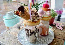 shakes-cakes