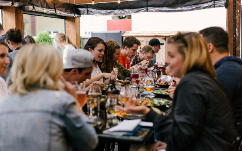 samen eten in Enschede