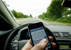 Boetes telefoon in de auto Gouda