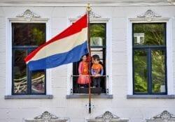 Koningsdag Gouda vlag uithangen