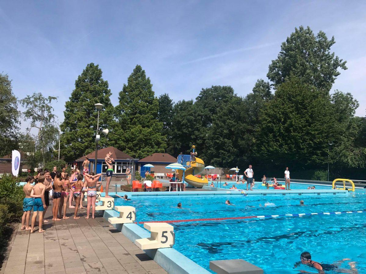 de-fuut buitenzwembad Gouda