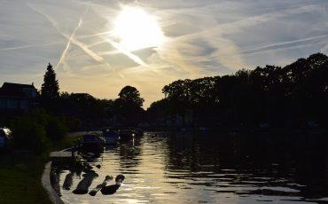 Singel Woerden avond lucht zonsondergang