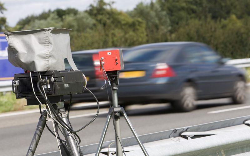 Mobiele flitscontrole snelweg