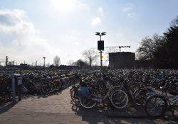 Fietsen station Woerden