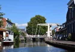 Rozenbrug Woerden kade Oude Rijn