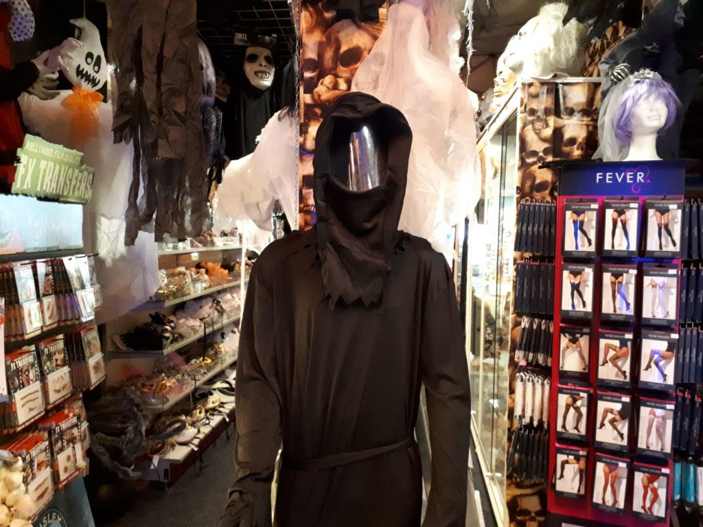 Halloween Zoetermeer.Hier Koop Je De 7x Meest Scary Outfits Voor Halloween