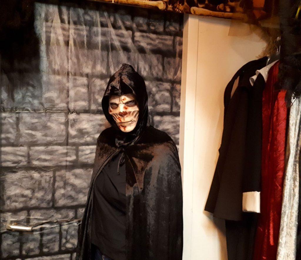 Wat Zeg Je Met Halloween.Hier Koop Je De 7x Meest Scary Outfits Voor Halloween